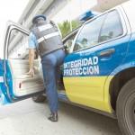Radican cargos contra fugitivo acusado de seis robos en Año Nuevo