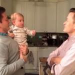 El video del bebé confudido al ver que su padre tiene un gemelo es viral