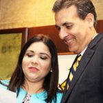 Bhatia activa Comisión de Ética para María Teresa González