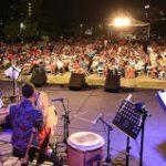 Mambo Jazz en la Tierra de Gigantes