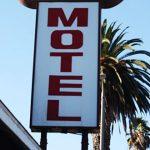 Policía investiga doble asesinato en motel de Trujillo Alto