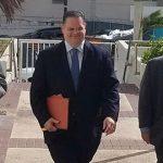Aníbal José Torres insiste que no va a revelar la fuente de los mensajes de WhatsApp