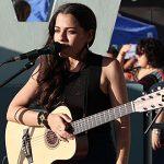 Nore Feliciano: Con 'miles de palabras'