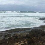 A media mañana vuelven olas fuertes de histórica marejada