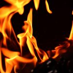 Le prende fuego a carro en el barrio Playita de Yabucoa
