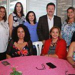 Alcalde Aponte reconoce al personal profesional administrativo municipal