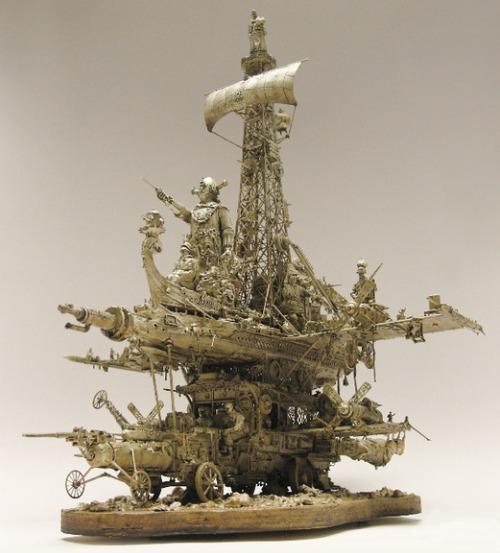 kris-kuksi-sculpture