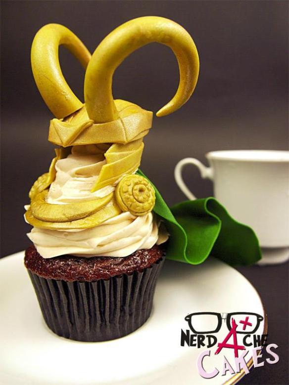 20140710-loki-cupcake