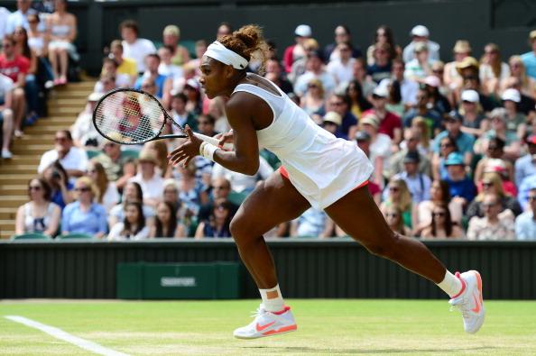 Wimbledon, si gioca solo in bianco tutte le violazioni al dress code