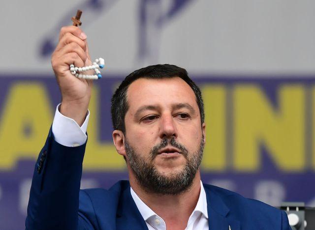 Lega e omosessualità: Salvini pensi a Pillon