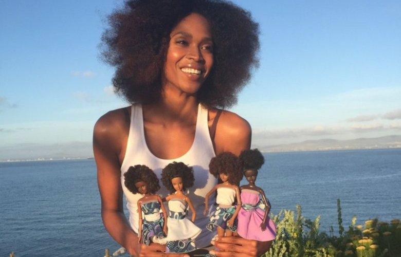 mala-bryan-with-her-dolls-photo-malaville-dolls-twitter.jpg