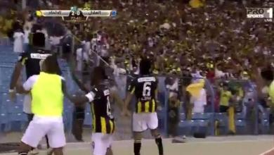 Photo of بالفيديو.. الاتحاد يسقط الهلال بهدفين