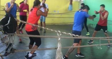 Initiation à la boxe au collège Henri Hiro