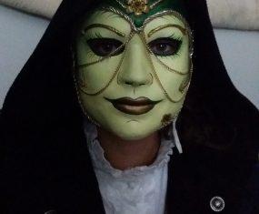 Stunning mask video