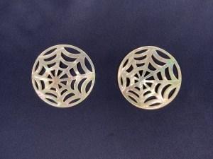 Filigree Round Spider Web White MOP Loose Piece - Per Pair