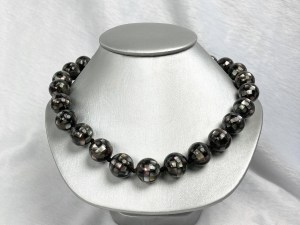 Mosaic Black MOP Collar Necklace