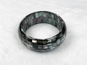 Mosaic Round Black MOP Bangle