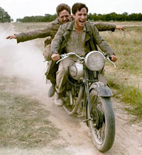 Gael García Bernal (front) and Rodrigo de la Serna co-star in 'The Motorcycle Diaries'