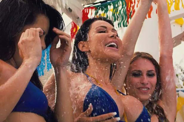 Still plenty of bikini babes in 'Piranha 3DD'