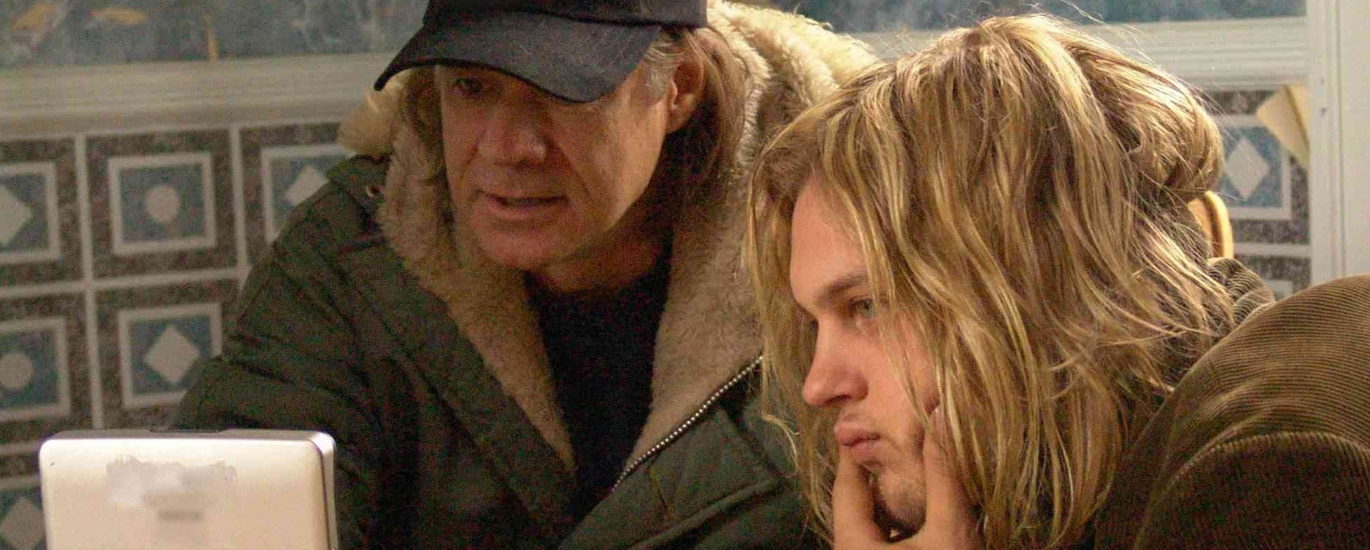 Director Gus Van Sant with actor Michael Pitt on the set of 'Last Days'