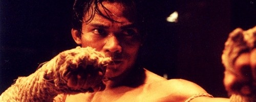 Tony Jaa battles in 'Ong Bak'