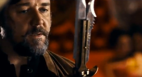 Russell Crowe is a hard-hitting Englishman in 'The Man with the Iron Fists'