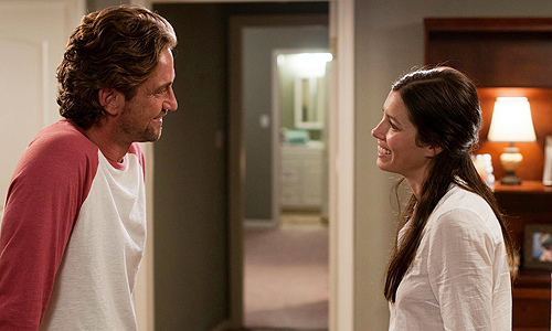 Gerard Butler and Jessica Biel in 'Playing for Keeps'