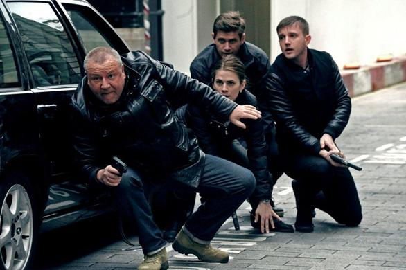 """Ray Winstone leading members of """"The Sweeney"""" as they chase bad guys"""