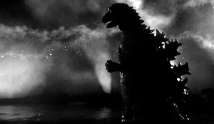 Godzilla terrorizes Japan in 'Gojira'