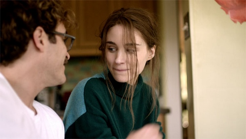 Joaquin Phoenix and Rooney Mara in 'Her'