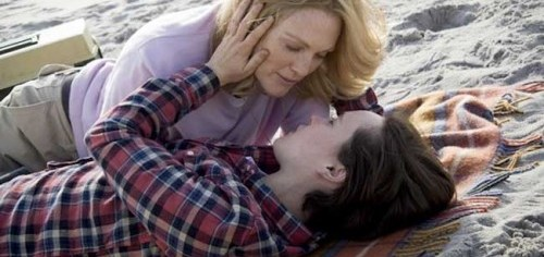 Julianne Moore as Laurel Hastert and Ellen Page as Stacie Andree in 'Freeheld'