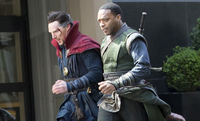 Benedict Cumberbatch and Chiwetel Eijofor in 'Doctor Strange'