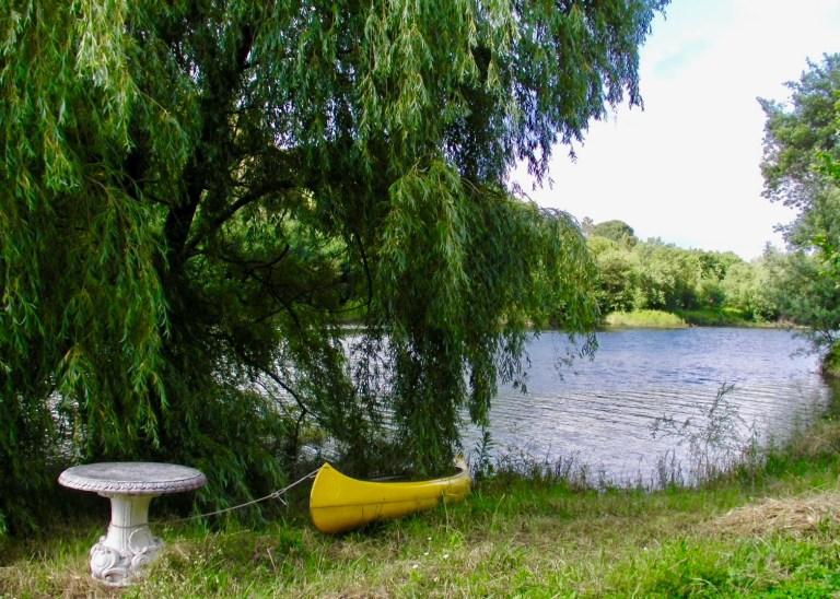 Chill spot at riverside