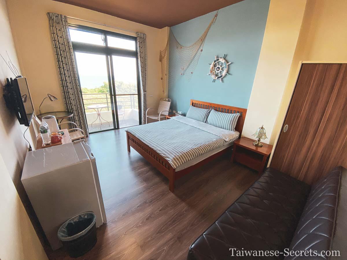Douli hostel room