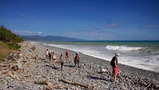 alangyi coastal hike