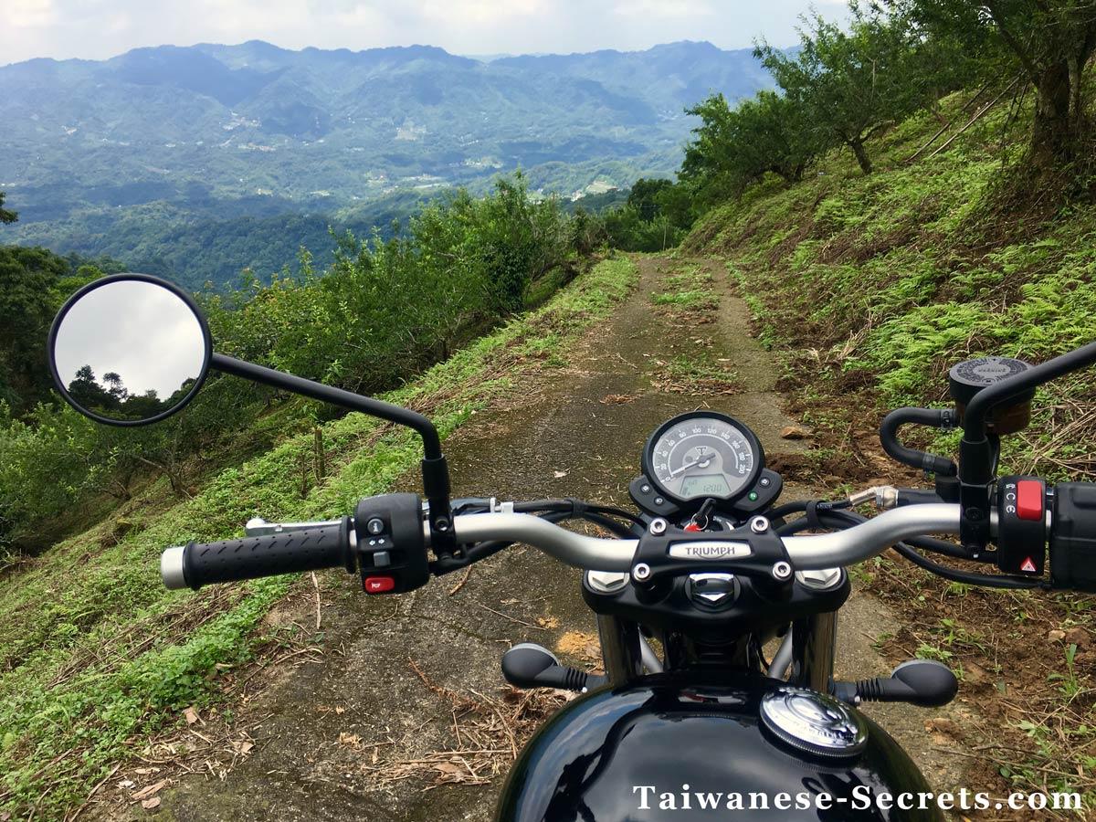 motorcycle riding in miaoli taiwan