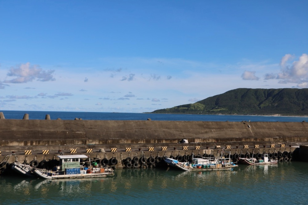 Zhongshan Harbor, kenting national park