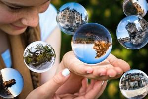 glass-ball-1767291_640