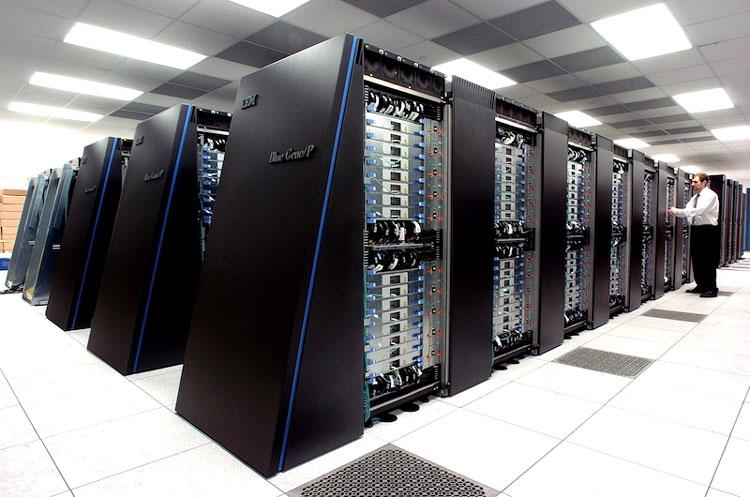 komputer mainframe - sistem operasi komputer