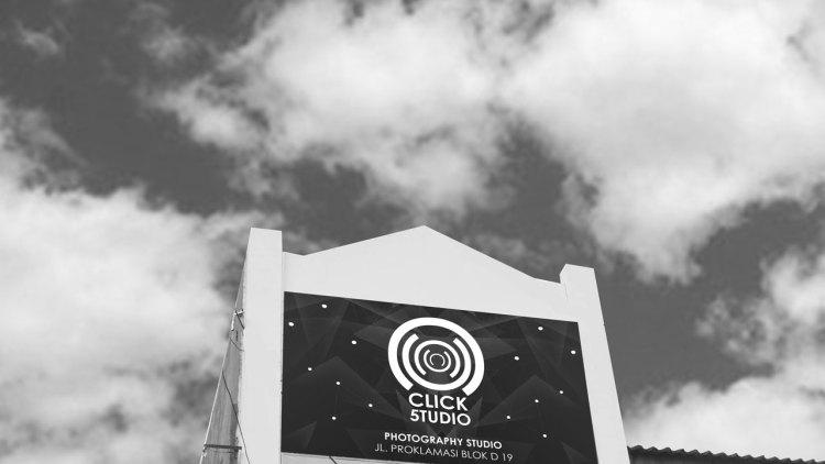click five studio tampak depan