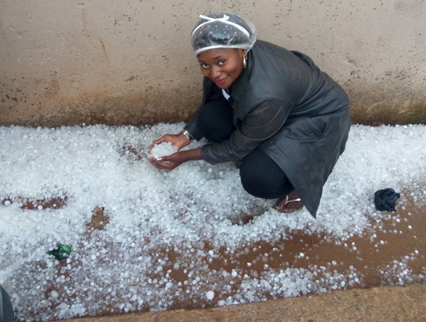 Pictures of snow in Jos Nigeria as well as ice rain