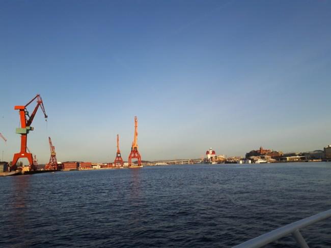 Zicht op Göteborg met de kranen