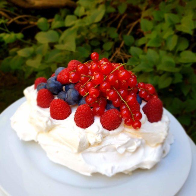 Pavlova met rode vruchten