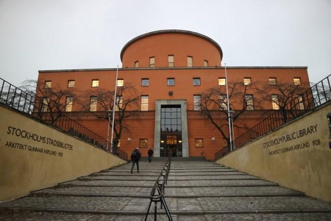 Deze afbeelding heeft een leeg alt-attribuut; de bestandsnaam is Stadsbiblioteket-Stockholm-1024x683.jpg