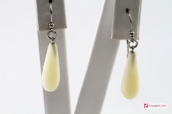 Extra Troca Mother of Pearl Earrings 7x20mm in Gold 18K