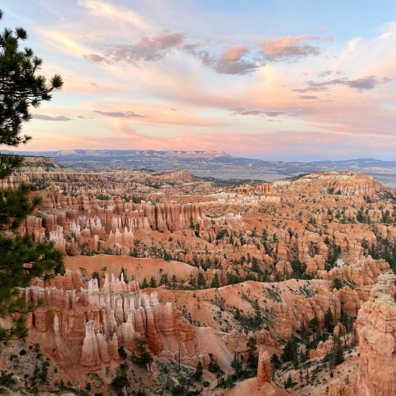 Family Travel Guide: How to find Amazing Views and Affordable Camping in Bryce Canyon