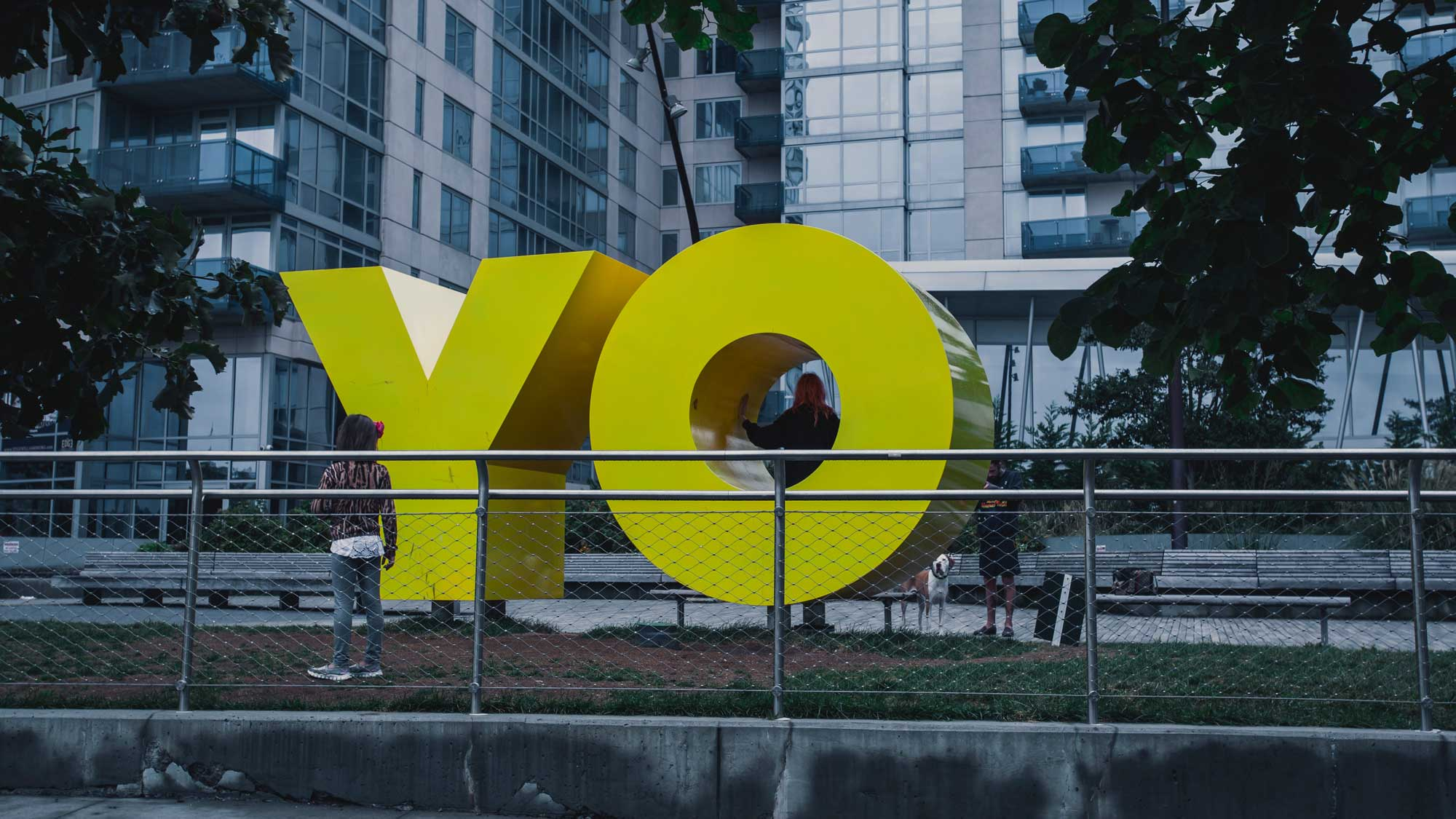 Yo sculpture, Photo by Jp Valery on Unsplash