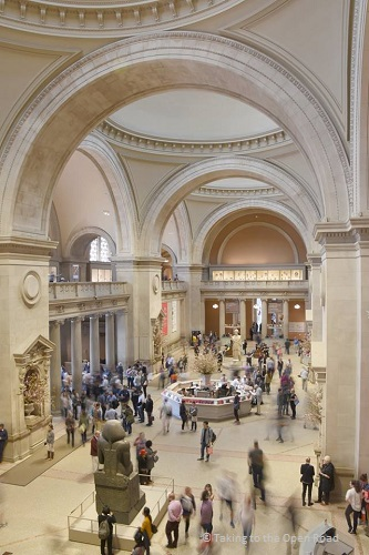 7 days in New York things to do in NYC the Met takingtotheopenroad peggytee