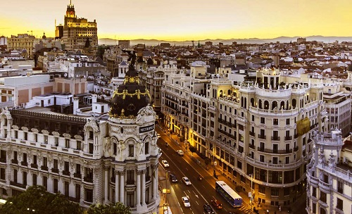 4-days-in-madrid-cityscape-sunset-takingtotheopenroad-peggy-tee-flickr
