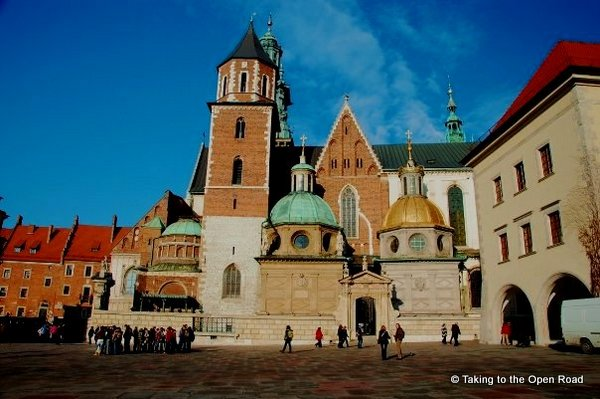 3 days in Krakow Wawel Cathedral Taking to the Open Road Peggy Tee